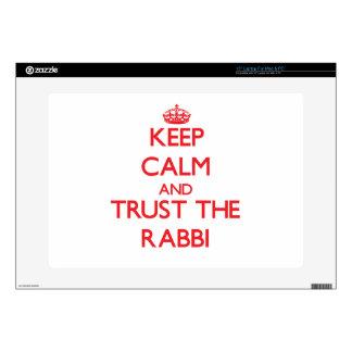 Guarde la calma y confíe en al rabino calcomanía para portátil