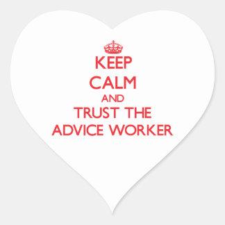 Guarde la calma y confíe en al trabajador del cons colcomanias corazon