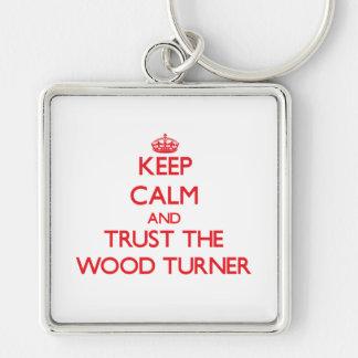 Guarde la calma y confíe en al Turner de madera Llavero Personalizado