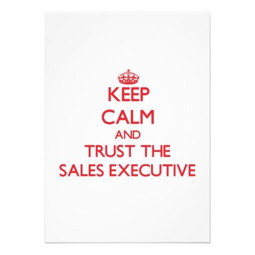 Guarde la calma y confíe en el ejecutivo de ventas comunicados personales