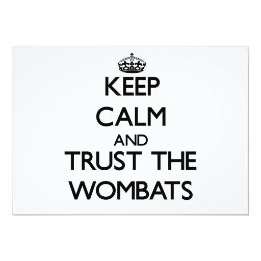 """Guarde la calma y confíe en el Wombats Invitación 5"""" X 7"""""""