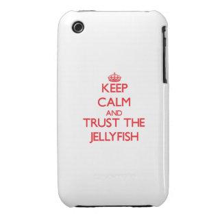 Guarde la calma y confíe en las medusas Case-Mate iPhone 3 protectores