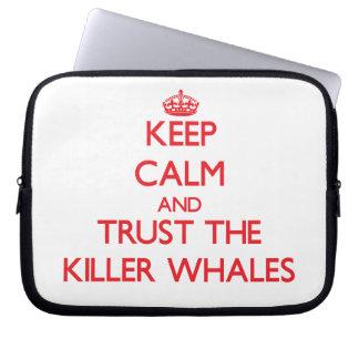 Guarde la calma y confíe en las orcas manga computadora