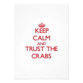 Guarde la calma y confíe en los cangrejos anuncio personalizado