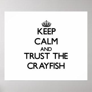 Guarde la calma y confíe en los cangrejos poster