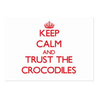 Guarde la calma y confíe en los cocodrilos plantillas de tarjetas personales