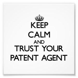 Guarde la calma y confíe en su agente de patente