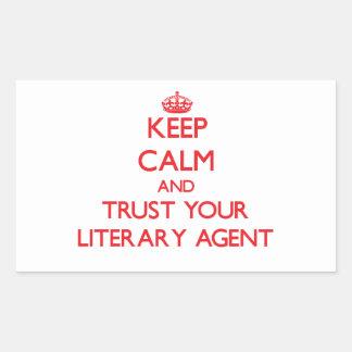 Guarde la calma y confíe en su agente literario pegatina rectangular