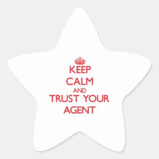 Guarde la calma y confíe en su agente pegatinas forma de estrellaes personalizadas