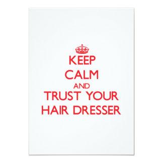 Guarde la calma y confíe en su aparador del pelo invitación 12,7 x 17,8 cm