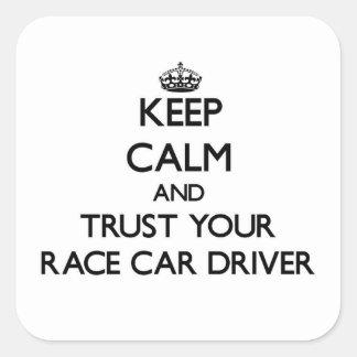 Guarde la calma y confíe en su conductor de coche pegatinas cuadradases personalizadas