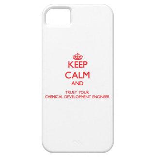 Guarde la calma y confíe en su desarrollo químico iPhone 5 Case-Mate protector