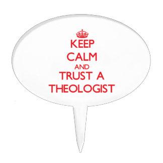 Guarde la calma y confíe en un aologist figura para tarta