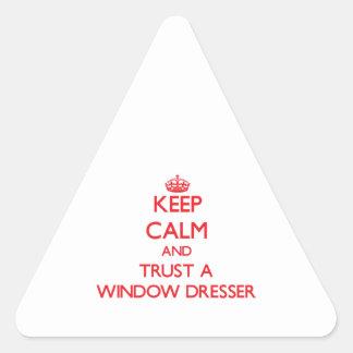 Guarde la calma y confíe en un aparador de ventana pegatina triangular