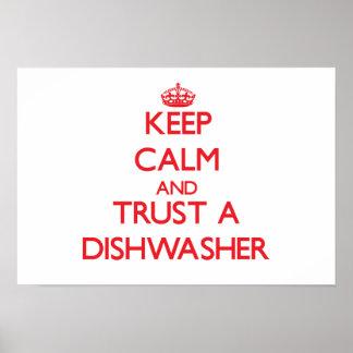 Guarde la calma y confíe en un lavaplatos poster