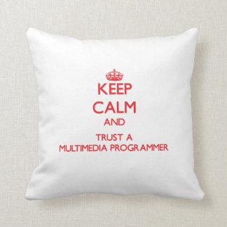 Guarde la calma y confíe en un programador de las  almohada