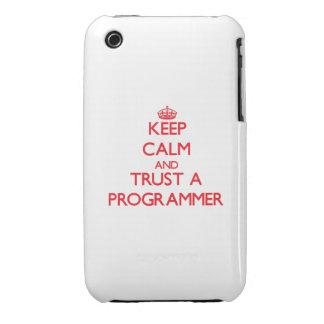 Guarde la calma y confíe en un programador iPhone 3 Case-Mate cobertura