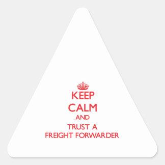 Guarde la calma y confíe en un promotor de carga etiquetas