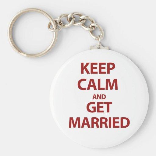 Guarde la calma y consiga casado llavero personalizado