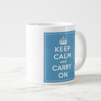 Guarde la calma y continúe 20 0z. taza taza grande