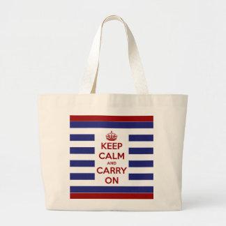 Guarde la calma y continúe blanco y azul rojos bolsas de mano