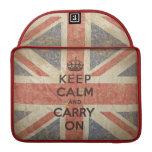 Guarde la calma y continúe con la bandera BRITÁNIC Fundas Para Macbook Pro