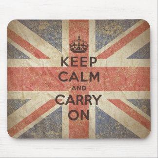 Guarde la calma y continúe con la bandera BRITÁNIC Tapetes De Raton