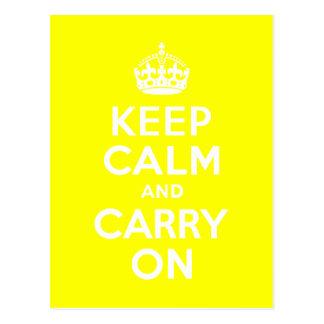 Guarde la calma y continúe el amarillo tarjetas postales