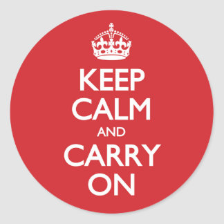 Guarde la calma y continúe el modelo rojo pegatinas redondas