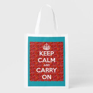 Guarde la calma y continúe el rojo retro en la bolsas reutilizables