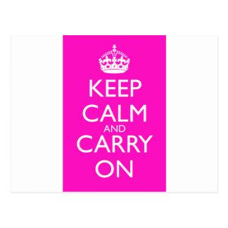 Guarde la calma y continúe el rosa impactante tarjetas postales
