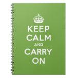 Guarde la calma y continúe el verde esmeralda libro de apuntes