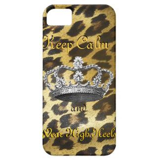 Guarde la calma y continúe (en tacones altos) iPhone 5 Case-Mate protector
