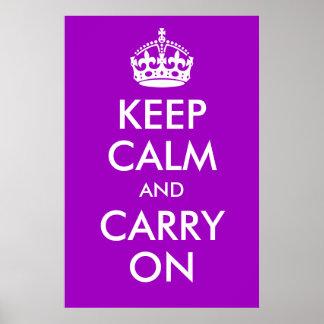 Guarde la calma y continúe la impresión púrpura impresiones
