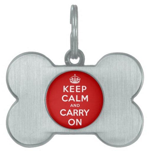 Guarde la calma y continúe placas de nombre de mascota
