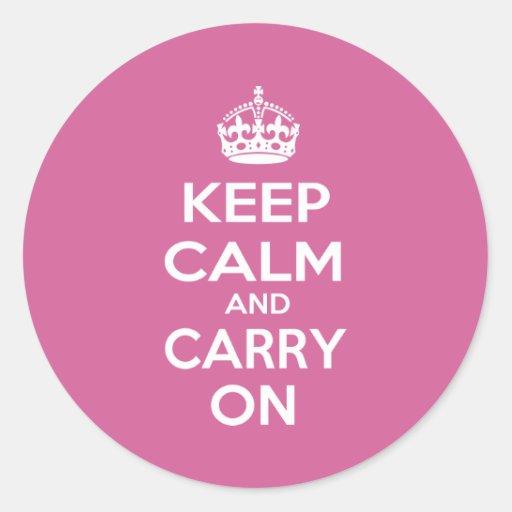 Guarde la calma y continúe pegatina redonda