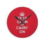 Guarde la calma y continúe reloj de pared