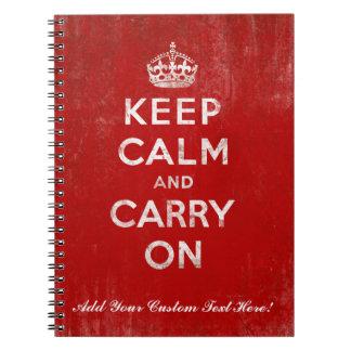 Guarde la calma y continúe rojo del vintage y bla libros de apuntes