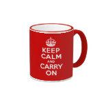 Guarde la calma y continúe taza