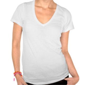 Guarde la calma y corra en (las rosas fuertes) camiseta
