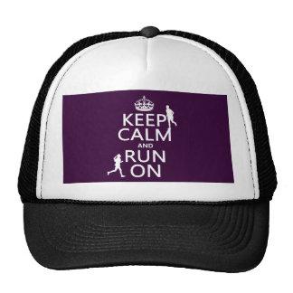 Guarde la calma y corra en (los colores adaptables gorras de camionero