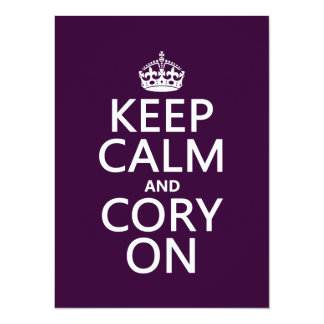 """Guarde la calma y Cory en (cualquier color de Invitación 5.5"""" X 7.5"""""""