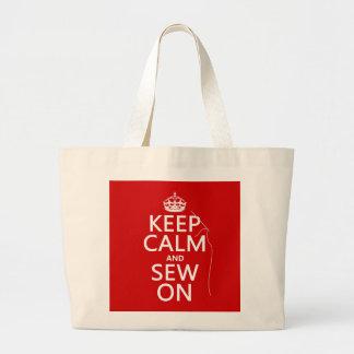 Guarde la calma y cosa en (todos los colores) bolsa tela grande