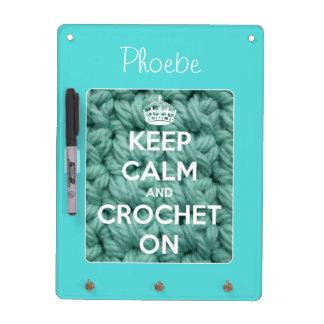 Guarde la calma y Crochet en el azul personalizado Tablero Blanco