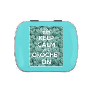 Guarde la calma y Crochet en la lata recargable az Latas De Caramelos