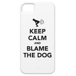 Guarde la calma y culpe el perro iPhone 5 carcasa