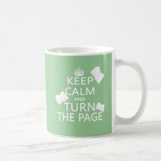 Guarde la calma y dé vuelta a la página taza