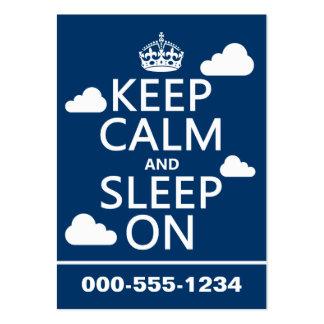 Guarde la calma y duerma en (el color del personal tarjetas de visita grandes