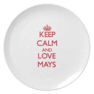 Guarde la calma y el amor mayos plato