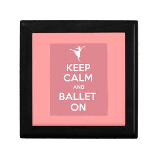Guarde la calma y el ballet encendido joyero cuadrado pequeño
